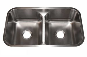 Stainless Steel Kitchen Sink 876 - Dimensions: L 32-1/2 in. x W 18-7/8 in. x D 9 in.