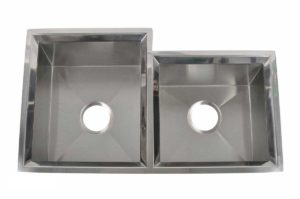 Stainless Steel Kitchen Sink EGO3018 - Dimensions: L 30 in. x W 19 in. x D 10 in.