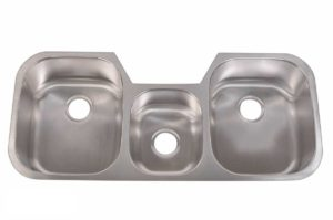 Stainless Steel Kitchen Sink T4621 - Dimensions: L 46-3/4 in. x W 20-3/4 in. x D 9 / 7 / 9 in.